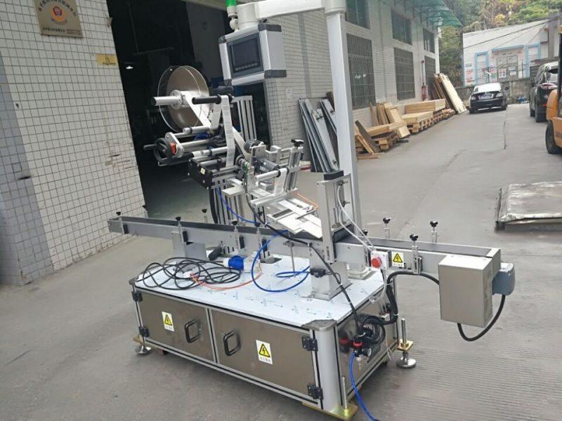 Kína matrica felső címkéző gép fúvóka tasak elektromos hajtású típus szállítója