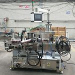 Nagy pontosságú automatikus matrica kétoldalas lapos üveg címkéző gép